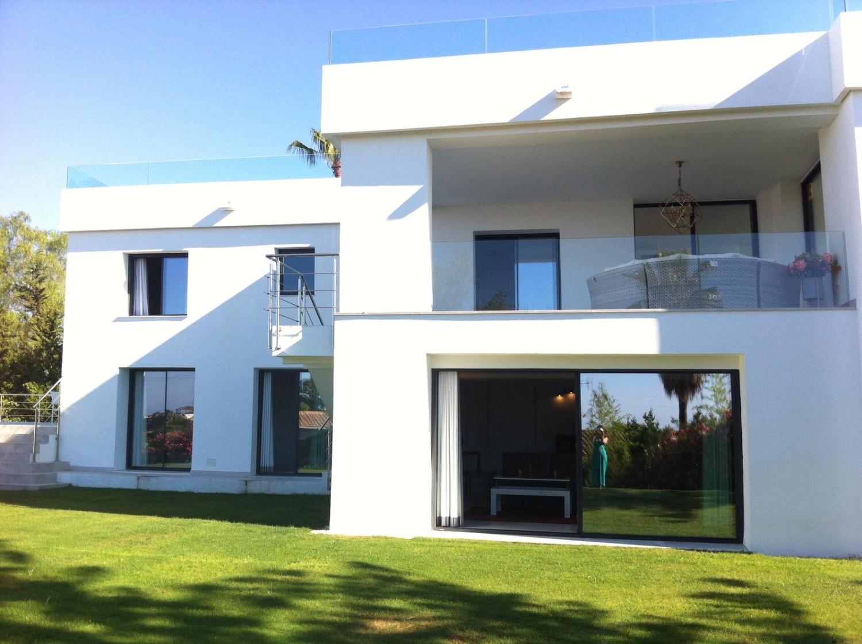 Villa mit Blick auf das Meer, Marbella