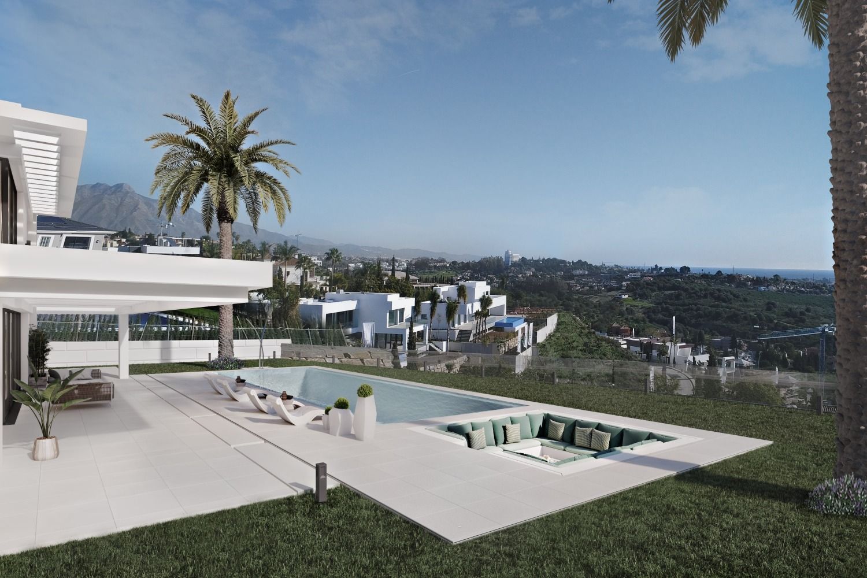 Storslået hjem med panoramaudsigt over havet.